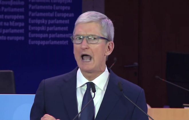 Apple chief executive Tim Cook has demanded a tough new US data protection law, in an unusual speech in Europe.